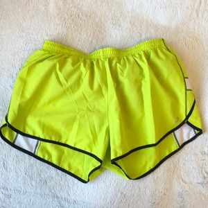 Asics athletic / running shorts with pockets